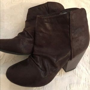 Sugar Tula Brown Ankle Boots Size 7.5